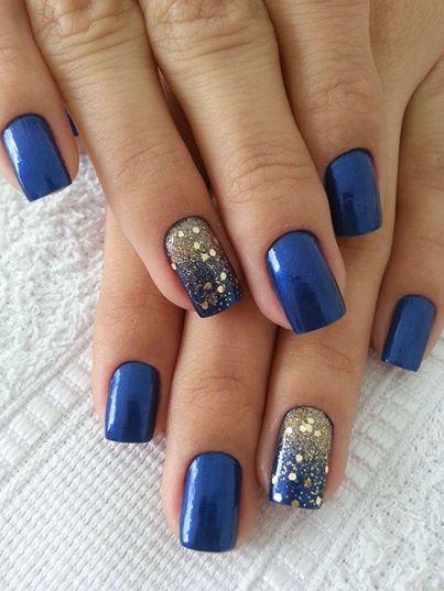 modrý se zlatými flitry