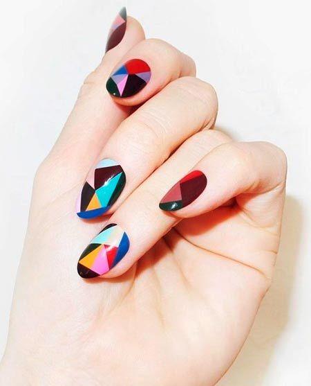 různobarevné geometrické vzory