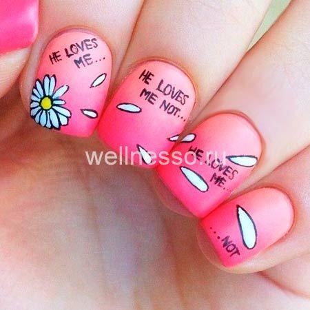 kresba na nehty daisy