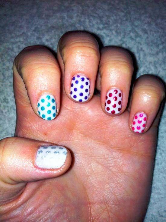 barevné puntíky