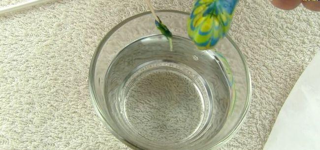 Dip prstu kapacitní vodné fáze manikúru